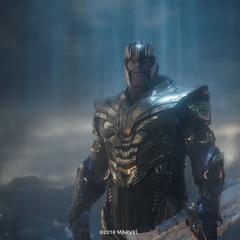 Thanos llega a la Tierra del año 2023.