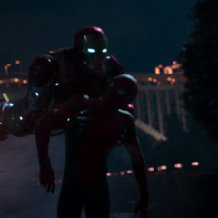 Stark manda la Mark XLVII a salvar a Parker.