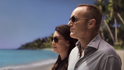 43- Coulson and May in Tahiti 2