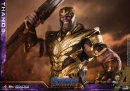 Avengers Endgame Hot Toys Thanos 8