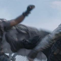 Wilson es atacado por Barnes.