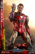 I am Iron Man Hot Toys 6