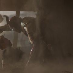 Stark es protegido por Potts.