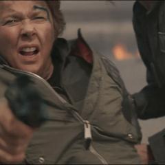Mar-Vell justo antes de recibir un disparo en el pecho por Yon-Rogg.