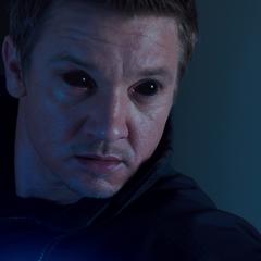 Barton bajo el control de Loki.