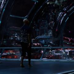 Fury le pregunta a los Skrulls por sus zapatos.