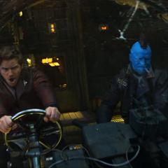 Quill y Yondu dirigen la nave al cerebro de Ego.