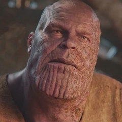Thanos descubre que los Vengadores llegaron a su casa.