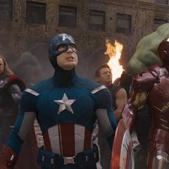 Los Vengadores se unen por primera vez.