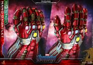 Nano Gauntlet Hot Toys 10