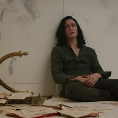 Loki se muestra frustrado por la muerte de Frigga.