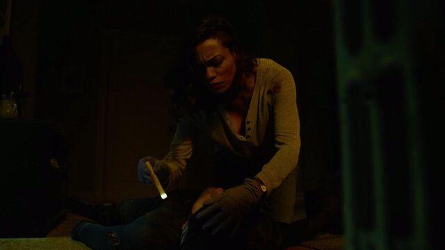 File:Claire-Temple-treats-Daredevil-torch.jpg