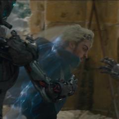 Pietro ataca a los centinelas.