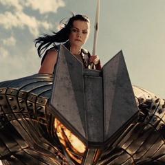 Sif atraviesa al Destructor con su espada.