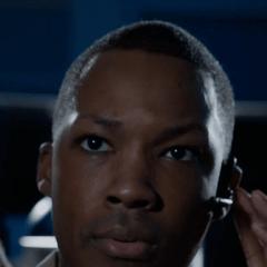 Corey Hawkins como Operativo de la Marina