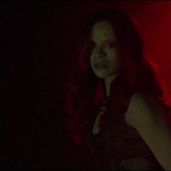 Gamora es testigo de la muerte de Nebula de 2014.