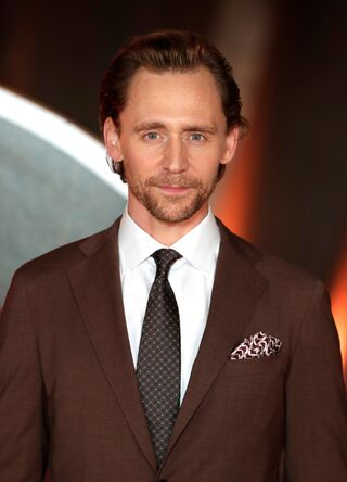 File:Tom Hiddleston.jpg