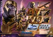 Endgame Thanos Hot Toys 24