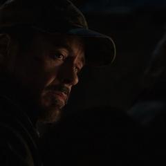 Stark aprende sobre el bombardeo en Rose Hill.