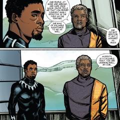 T'Chaka se reúne con T'Challa tras el éxito de su misión.