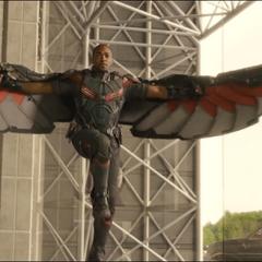 Wilson equipado con el EXO-7 Falcon el Centro de los Nuevos Vengadores.