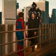 Parker entra en una discusión con Stark.