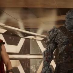 Korg conoce a Thor.