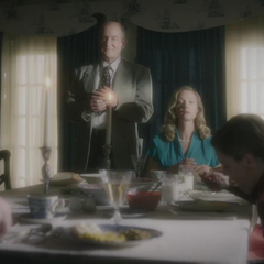 Fennhoff crea una ilusión de la familia de Dooley.
