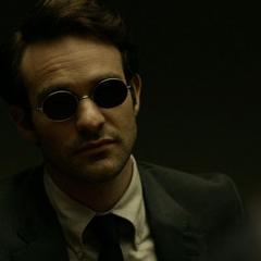 Murdock escucha la confesión de Page.