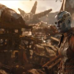 Nebula deduce que Thanos asesinó a Gamora.