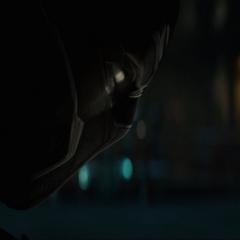T'Challa descubre que Zemo fue quien provocó la muerte de su padre.