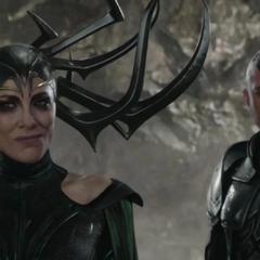 Hela intenta localizar a los Asgardianos ocultos.