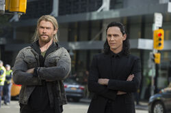 Thor-ragnarok-chris-hemsworth-tom-hiddleston
