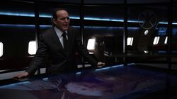Phil-Coulson-speaks-to-Billy-Koenig