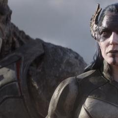 Midnight y Obsidian presencian la llegada de Thor.