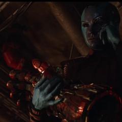 Nebula de 2014 roba el Nano Guantelete.