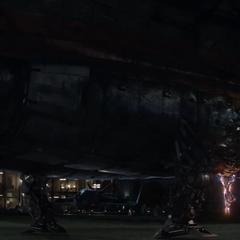 Danvers aterriza con el Benatar en el Centro de los Nuevos Vengadores.