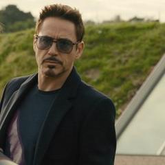Stark se retira del Centro de los Nuevos Vengadores.