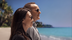 42-Coulson and May in Tahiti