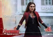 Scarlet Witch Hot Toys 5