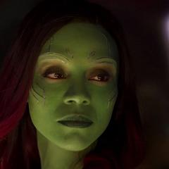 Gamora se reconcilia con Quill.