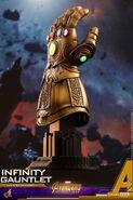 Infinity Gauntlet Hot Toys 5