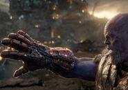 Thanos Nano Gauntlet Endgame