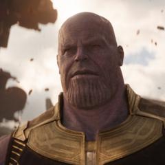 Thanos llega a Titán.