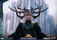 Marvel-thor-ragnarok-hela-sixth-scale-hot-toys-903107-16
