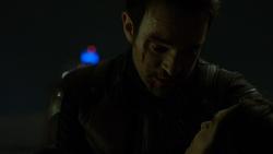 Murdock triste por la muerte de Elektra