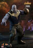 Thanos Hot Toys 1