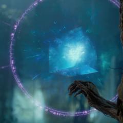 Groot aprende sobre las Gemas del Infinito.