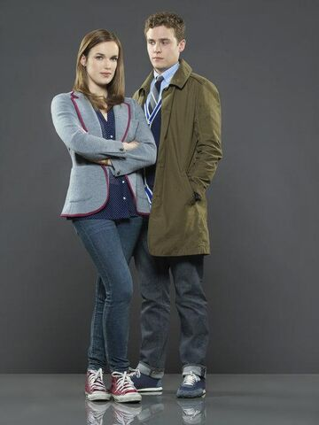 File:FitzSimmons Agents of SHIELD.jpg