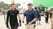 Jeremny Renner on set Civil War pic 04